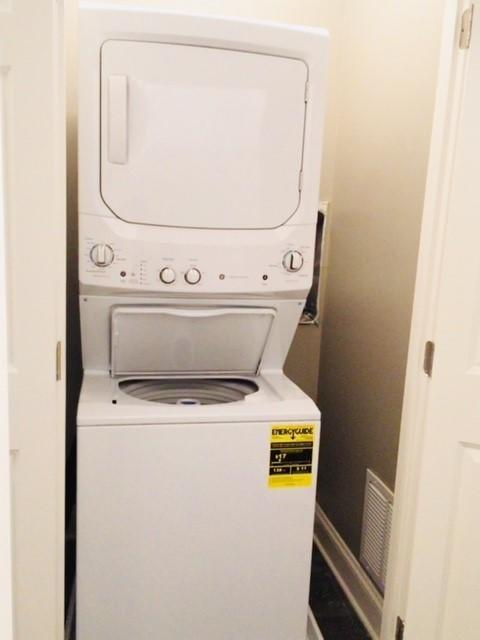1 BD In Unit Washer and Dryer